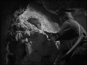Ghost of Frankenstein, The (Film-Screenshot 1)